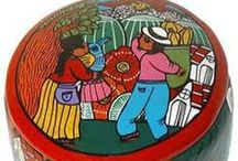Painted Clay Folk Art / http://www.lafuente.com/Mexican-Art/Clay-Miniatures/