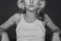 debbieharry / i'm gonna be your number one, number one
