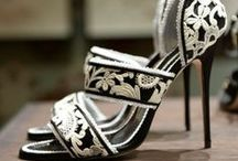 Fashion... shoes / { I ❤ these shoes }