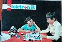 Elektronik 1 - elektronická stavebnice - Vintage electronic kit / Elektronik 1 - historická elektronická stavebnice, ČSSR, 1989  Elektronik 1 - Vintage electronic lab, Czechoslovakia, 1989