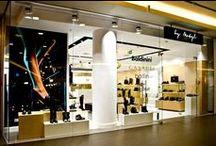 Nasz sklep. Our shop. / Salon znajduje się w Domu Handlowym RENOMA. Our shop is located in shopping centre RENOMA,