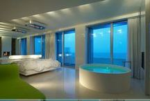 i-Suite / The i-SUITE hotel is an oasis of design located directly on Rimini's beach promenade. Architect and local resident Giovanni Quadrelli designed the building, and the Florentine architect Simone Micheli was responsible for the interior. | http://lifestylehotels.net/en/i-suite |