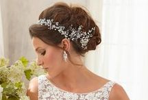 Wedding Rings2U: Timeless Tiaras / A selection of classic tiaras to make your wedding day sparkle
