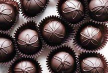 CHOCOLATE CRAVING / by Cecilia X.Camilli
