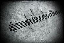 ~~~ B&W Keys ****