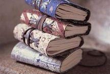 Books, journals & zines / Ho tanti libri ma più della metà ancora da leggere! Di zine vorrei crearne qualcuna!