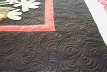 """Custom Quilting by Moonbear Designs / Examples of custom machine quilting and my """"Custom e2e"""", quilted by Jo @ Moonbear Longarm Quilting. More on my blog"""