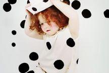 Costumes for Kids / Porque creemos en las infancias felices! Y qué mejor manera de divertir a nuestro peques que dejándoles disfracerse para encontrar su estilo!! En este tablero te traemos inspiración para hacer disfraces caseros y zapatos de nuestra tienda con  los que combinarlos!!