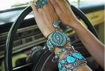Boho Accessories ✌ / Finishing pieces, boho style layers, leather women's jewelry, charm necklaces + style inspiration. Especially anything turquoise!