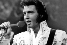 The King - Elvis / by Camila Baptisti