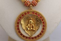 Traditional and antique jewellery / Indian forms of jewels...