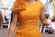 What to wear with ocher yellow, mustard