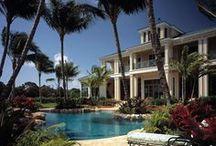 Island Colonial Plantation / sland Colonial detail creates a private resort feel.