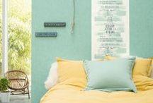 Collection : WORDS / Notre nouvelle collection Words mêle avec talent et style les typographies et les textes, les majuscules et les graphismes. Du salon à la chambre, de la cuisine à l'entrée, vos murs s'animent de motifs ou de rayures, d'unis ou de wording, révélant vos idées créatives et votre décoration. Et nos #papierspeints en vinyle #intissé sont toujours aussi facile à poser !