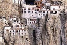 Cliffs & Cliff Houses