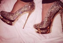 Heels/Shoes that Scream She a BAd Bitch / by Hayat4Life