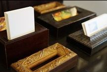 FRAME YOUR BUSINESS / Frame lengths customized to create unique and artful business card holders