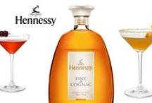 cognac affiches et bouteilles