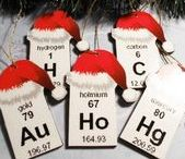 HoLiDAy sCIeNce! / Take advantage of upcoming holidays and special events to keep kids engaged in Science!