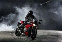 motosiklet / Motosiklet sitesi, haberler, güncel bilgiler, modeller ve daha fazlası için buradayız