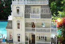 doll houses / domečky pro panenky- viktoriánské