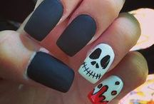 Halloween / Do you want the best Halloween Makeup & Nail Art DIY's? Check out these fun ideas and tutorials to create awesome sugar skull makeup looks, creepy doll makeup, zombies, fairy makeup, witch, skeleton, eyes, vampire, for women, sexy, cute, awesome, comic, for kids, Gothic, and day of the dead makeup tricks. Be a cute kitty cat this Halloween or a crazy, bloody ghoul! Don't miss pop art makeup and amazing makeup tips for men and women! Plus super fun and scary Halloween recipes by Makeup Tutorials.