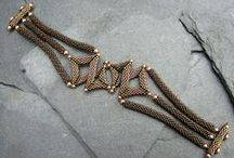 Bracelets - náramky