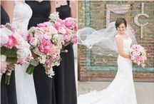 Wedding Flowers - Bouquets, Centerpieces & More / We can't get enough of beautiful flowers at weddings!