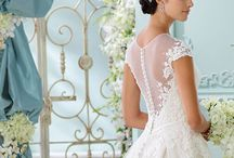 Dreamy dresses - Wedding inspiration / Dreamy wedding dresses with lace and embroidery