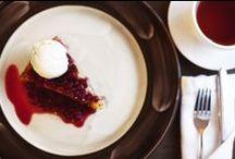 Ресторан Плюшкин / Уже само название говорит нам о том, что в «Плюшкине» самое лучшее — выпечка! Аппетитная вроде свежеиспеченной булочки с горгонзоллой или тающая во рту, как печенье от шеф-кондитера.
