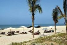 India- Beaches & Coastal Travel / India has over 7,517 Kms of Coastline that comprises States of Gujarat, Maharashtra, Karnataka, Kerala, Tamil Nadu, Andhra Pradesh, Orissa and West Bengal. This pin shares the best beaches of India and some great Coastal getaways!