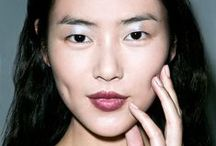 Summer Cat walk trends for eyes / Get inspiration for gorgeous summer eyes with Organic Glam and our favourite looks off the runway.