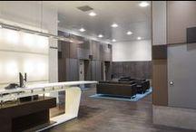 Boutiques - Magasins / Banques d'accueil, tables, présentoirs en Solid Surface / résine de synthèse