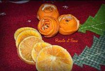 Arance per decorare casa! / Il freddo, la pioggia, il camino acceso e il profumo di agrumi in casa...siiii, proprio quello che piace a me! ;)   Odio i profumi chimici per la casa e quindi sono sempre alla ricerca di idee alternative, naturali e, perché no, anche originali!  Eccone una... le rose di buccia di arancia! Continua leggere qui: http://raggiodisolecreazioni.blogspot.de/2014/12/arance-per-decorare-casa.html