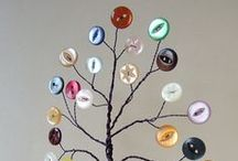 Button Collection / by ˙·●●๑۩  Maïa Lavida  ۩๑●●·˙