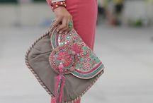 Complementos de mujer / Bolsos, zapatos, cinturones, pañuelos, joyas...