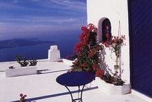 We love Greece! / Ταξιδεύοντας στην Ελλάδα είναι μια μαγική εμπειρία.  Ξεκινήστε το #ταξίδι σας εδώ: ☛ www.air2go.gr