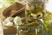 GURKEN | Cucumber Recipes / Saisonale Gurken-Rezepte. Schlanke, gesunde und natürlich immer auch leckere Ideen runde um die Gurke. Mehr #Gurken auf eurem Teller! Ein herrliches #Gemüse des Sommers. #Saisonal #Rezepte