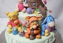 CAKES ~ WINNIE THE POOH / by Sue Dewland