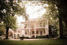Cedarwood Mansion   StudioWed Venue / Specializing in southern chic destination weddings, Cedarwood's award-winning event designers customize and integrate every element of your wedding for a seamless and magical day at our historic farm estate in Nashville, Tennessee.