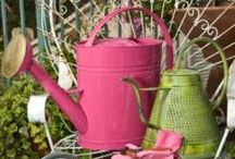 GARDEN - Accessories / Accessories... for the garden. Why not? ;D / by Michelle Eliason