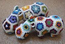 Háčkovačky hračkové / Háčkované hračky pro mrňouse/Crochet toys