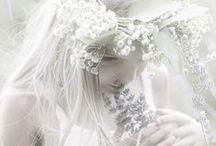 Simply white °♥°