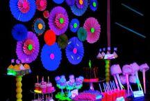 Glowing fun / Glow parties