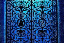 Doors and knockers / Doors