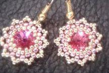Earrings / #kolczyki #koralikowe #earrings #beading https://www.facebook.com/NiezwyklaProjektownia