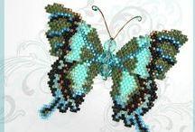 Beading tutorials and patterns / #beading #beadcrochete #beadembroidery #beadweaving #tutorial #patterns #inspirations #rękodzieło #wzory #schematy #koralikowe