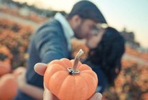 Fall proposal inspiration / Cozy and romantic, fall is the best time of year to propose!  Gain some inspiration with these proposal ideas.