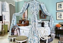 Bedrooms / by Peony Lim