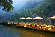 River Kwai Resotel / Situated on the bank of the legendary River Kwai, at River Kwai Resotel you can discover the splendid rich tropical nature, a lot of recreational nature activities, staying in the elegant jungle chalets.